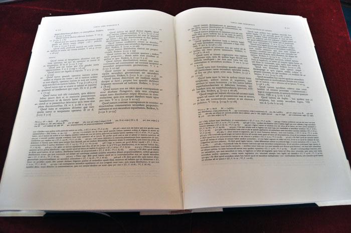 Open book: Thomas Aquinas, Sententia Libri Politicorum, ed. Leonine commission (Rome, 1971)