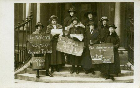 Photo of members of the NUWT demonstrating against the Fisher Grant, 1918