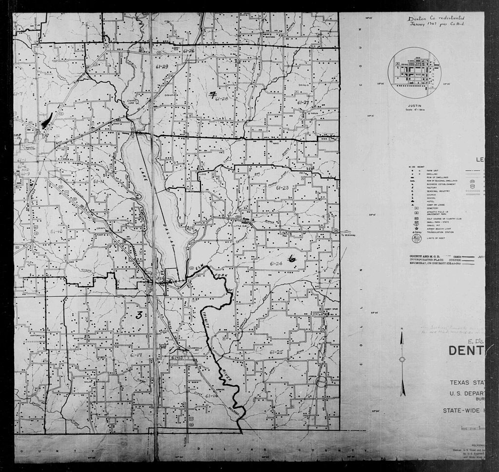Black and white census map of Denton County showing enumeration districts