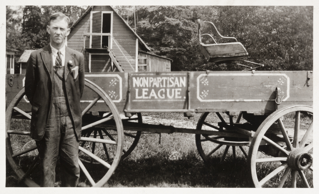 Theodore G. Mattson and his Nonpartisan League wagon box, Little Falls, 1918