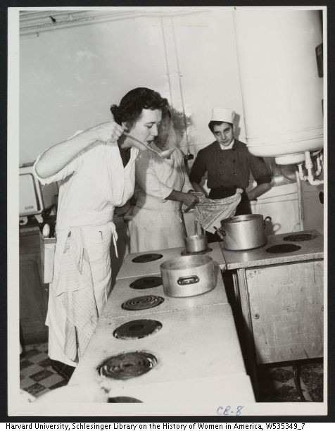 Julia Child and other chefs and students at Le Cordon Bleu, 1950