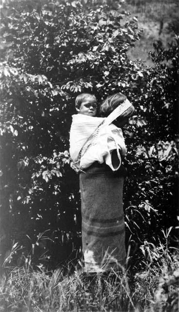Yoko with her baby.