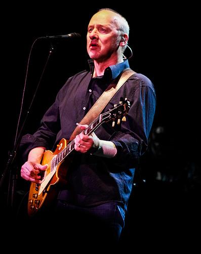 Mark Knopfler - 12/11/2011 by FoggyPunk via Flickr