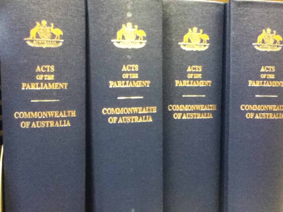 Bound Commonwealth legislation