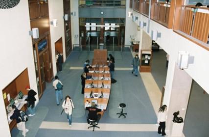 SL entrance