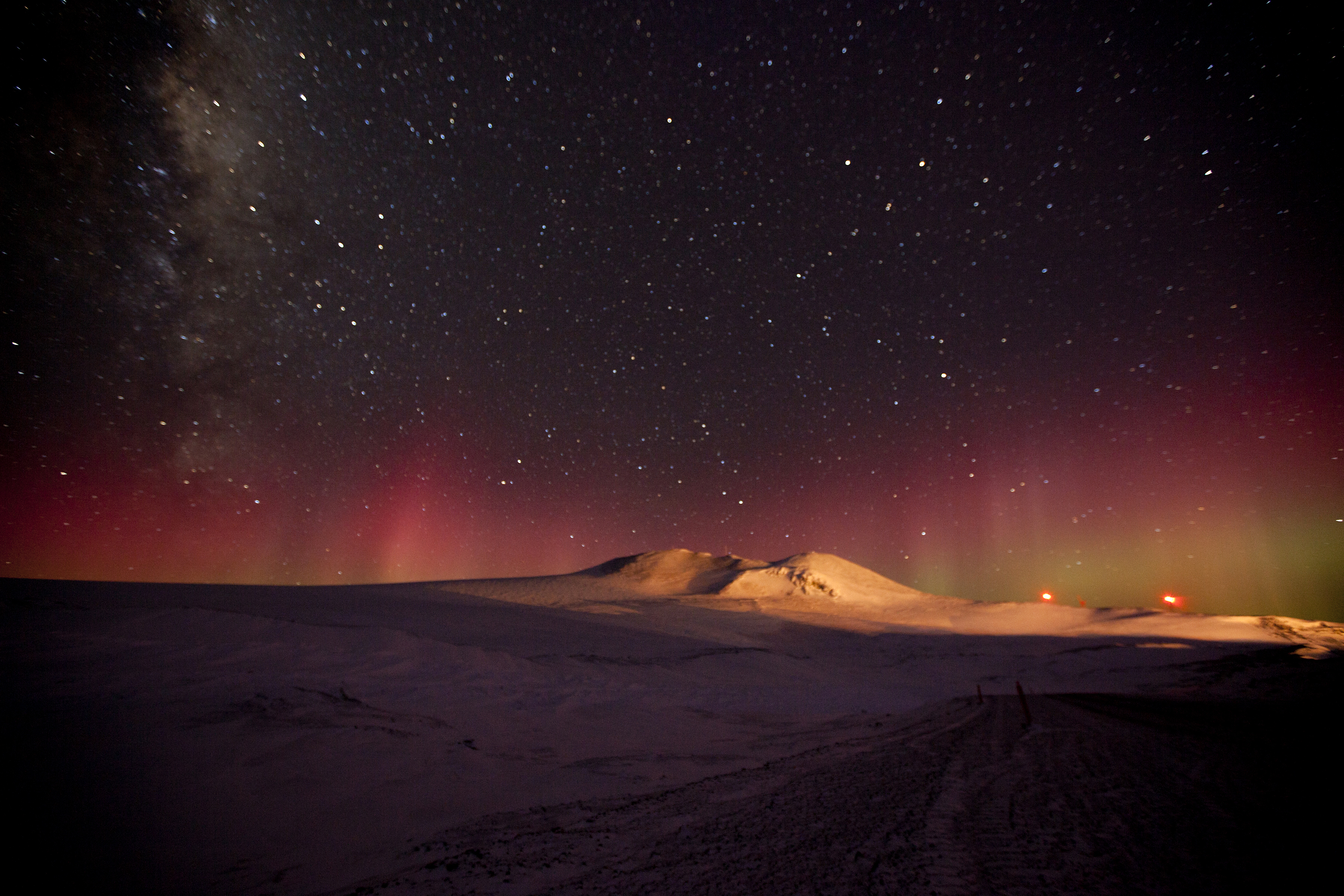 aurora australis and the Milky Way