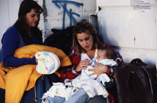Homeless teen mother © Getty Images